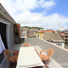 metin-ev-pansiyonu-teras-balkon
